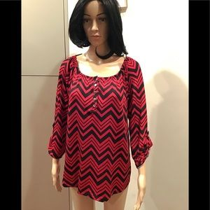 Notations black & red long sleeve top